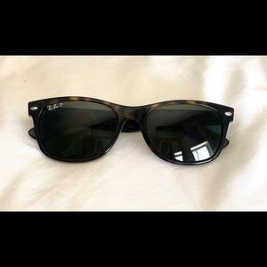Ray-Ban tortoise polarized wayfarer sunglasses